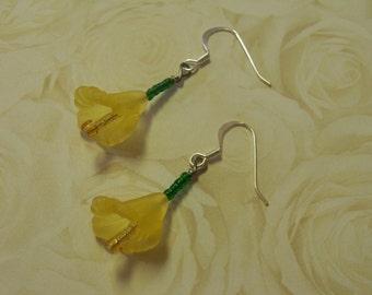 Spring bloom yellow flower earring