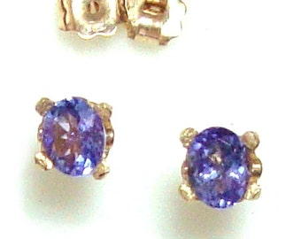 SALE - 14k gold Tanzanite earrings