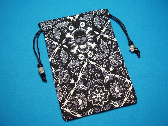 Skull Pouch Adorned with Cast Skull Beads, Fully Lined in Silk, Tarot Pouch, Tarot Bag