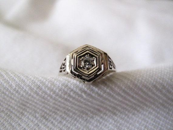 Art Deco Period Diamond Gold Ring