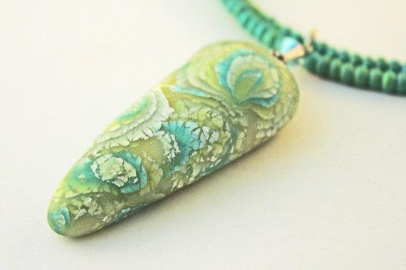 Spring green pendant