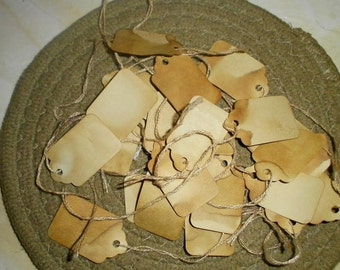 Primitive Grubby Hang Tags Small 25ct