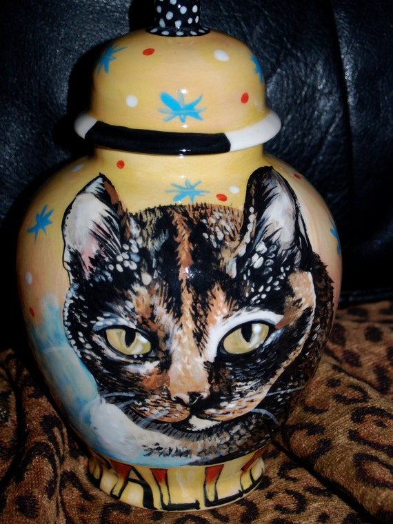 Custom medium PET URN for dogs and cats SMALL made to order personallized