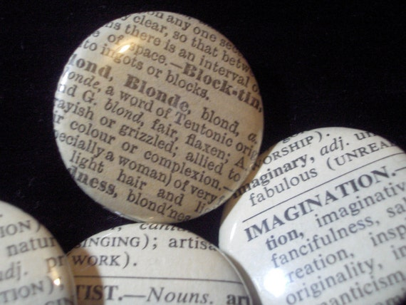 10 Random Vintage Dictionary Word Buttons