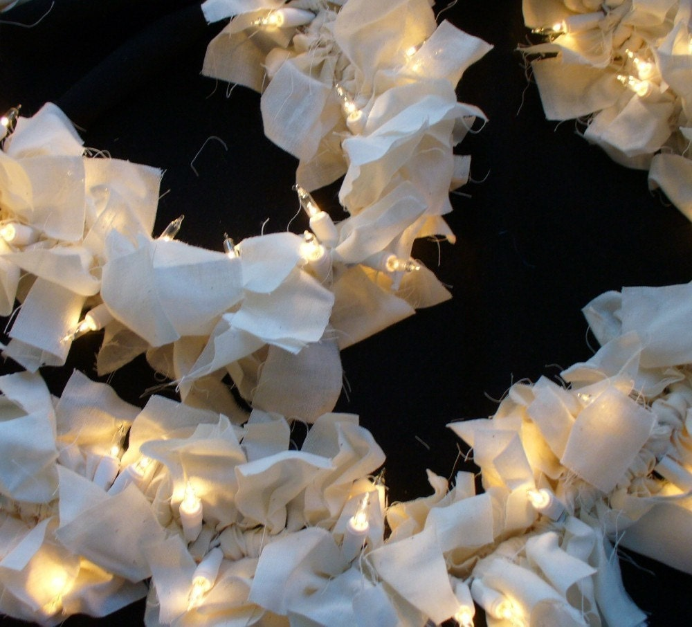 How To String Lights In Garland : PRiMiTiVe Lighted Rag Swag Garland MUSLIN 9 feet by Nancianne514
