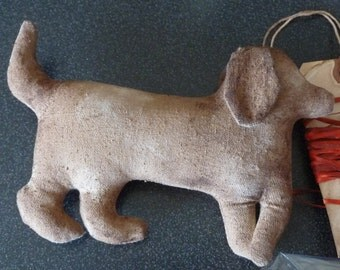 Primitive Doggie Dog Ornament Toy