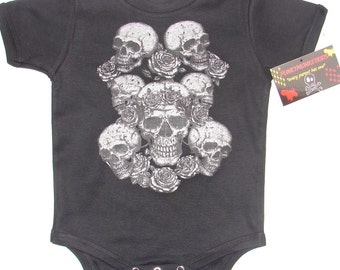 BLACK INFANT BODY SUITE OR TODDLER TEE OF METALIC SKULLS