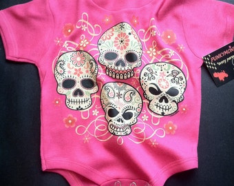 NWT hot pink infant bodysuit or toddler tee of 4 skulls