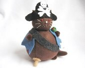 Cute Pirate Cat Felt Pin Cushion - cute felt kitty cat collectable or Gift for pirate fan cat lover Gift for sewer, IN STOCK