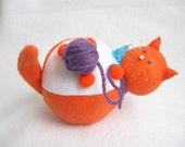 Orange and white cat, Cat pincushion, Cat with yarn ball, Cute cat pincushion, Felt animal decor, Sewing gift, Cat lover gift, Maxwell, MTO