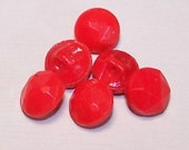 Vintage Buttons 12 Red Faceted Glass 8-9mm SP001