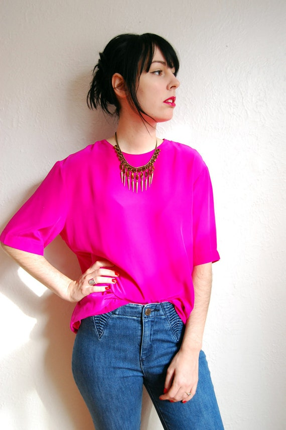 1980s Silk Blouse / Boxy / Oversize /  Hot Pink / Slouch / S-M-L