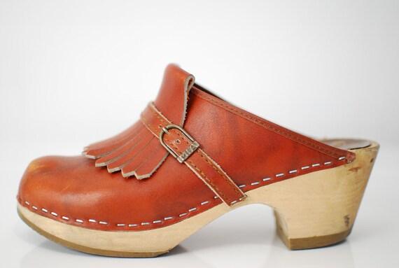 Vintage 1970s / MIA / fringe / clogs / Sweden / Swedish / wood soles / 7