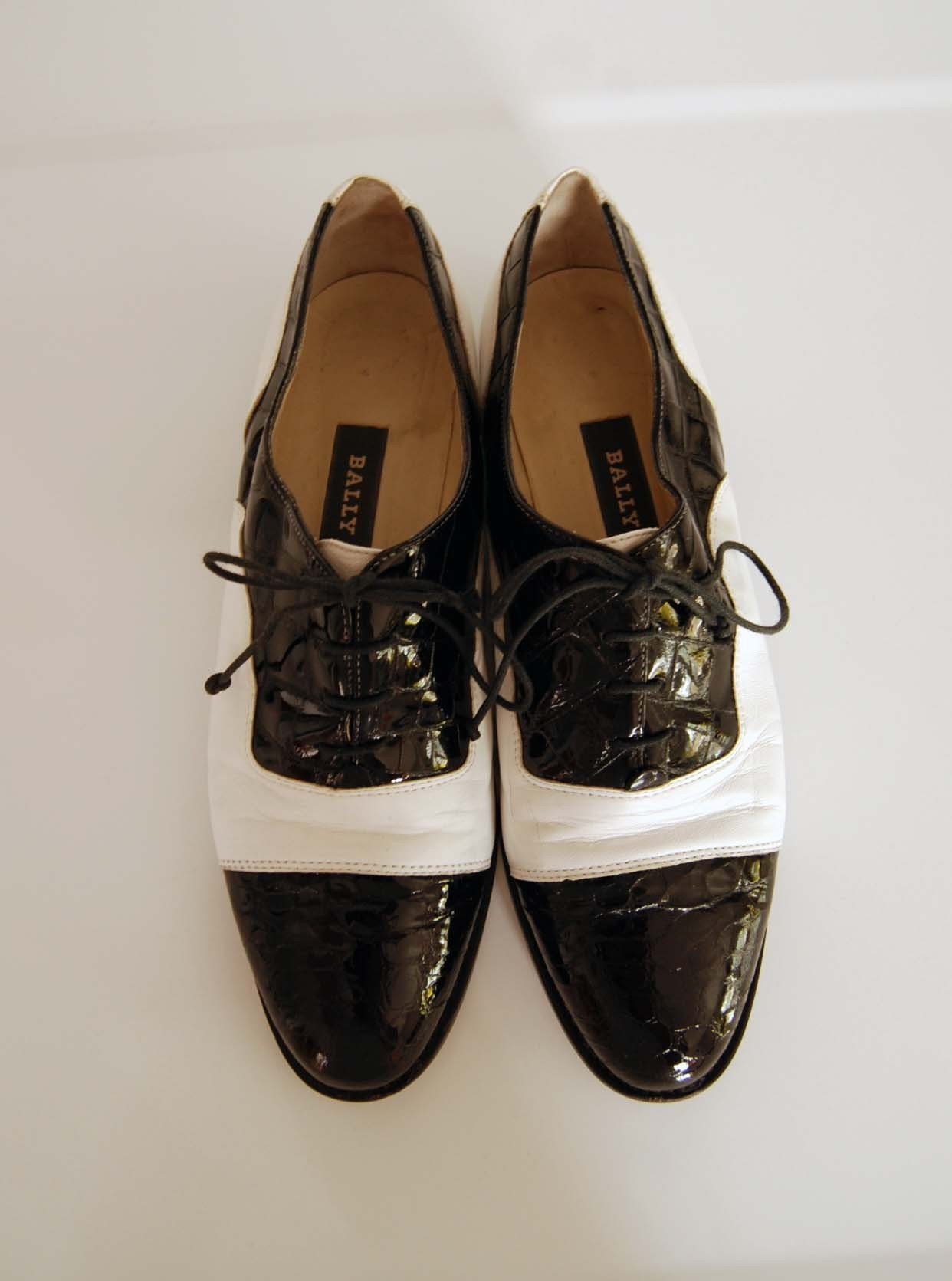 vintage bally black and white spectator shoes size 85 us