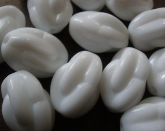 Vintage Glass Beads (8)(15x10mm) German White Focal Beads