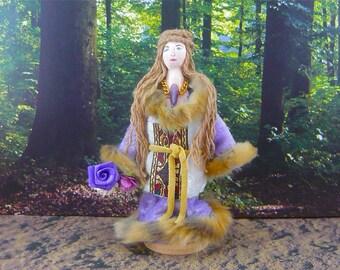 Robin Hood Doll Maid Marian Art Doll Miniature