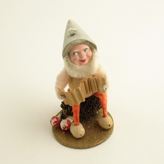 Vintage Pinecone Gnome Christmas Ornament