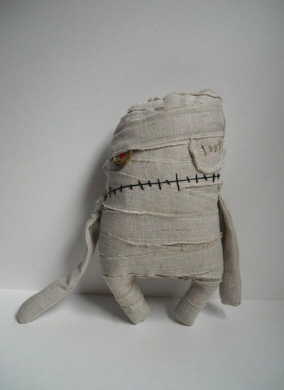 Simon the Mummy