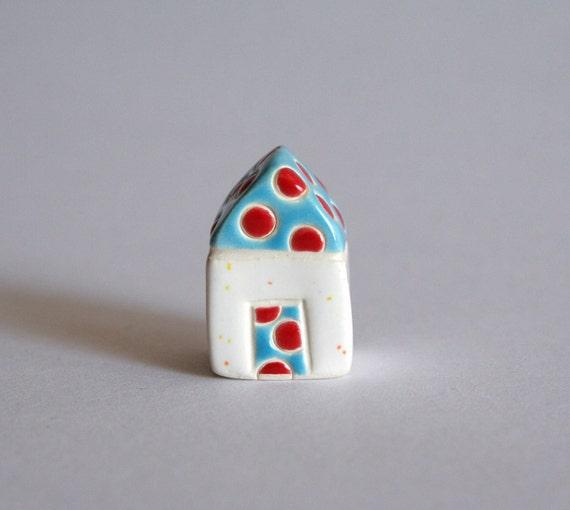 Confetti House - Red Aqua White - little house