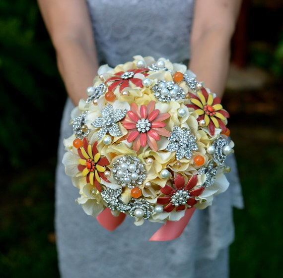 READY TO SHIP -- Vintage sunshine brooch bouquet