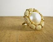 Coro Ring - Pearl Ring