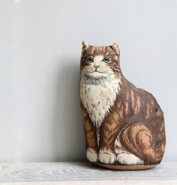 ON SALE  Vintage Kitten Pillow