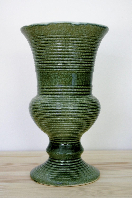 Vintage Hull Usa Pottery Green Vase