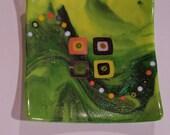 8x8 swoop glass dish