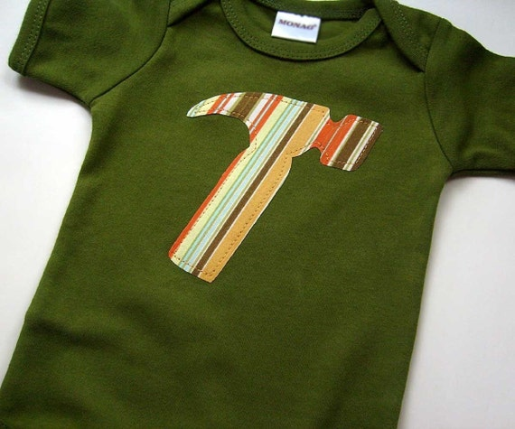 size 12-18 months - Short Sleeve Olive Green Bodysuit with a Striped Hammer Applique - Baby Boy Clothes