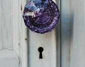blank folded note cards (5), antique glass doorknob, original photo
