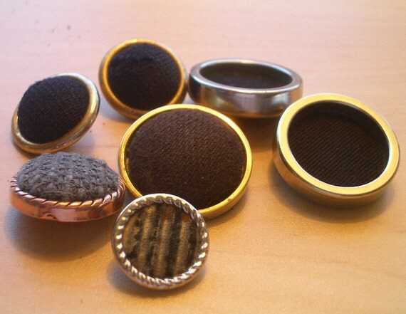 7 Bezel Set Fabric  -   Vintage Buttons
