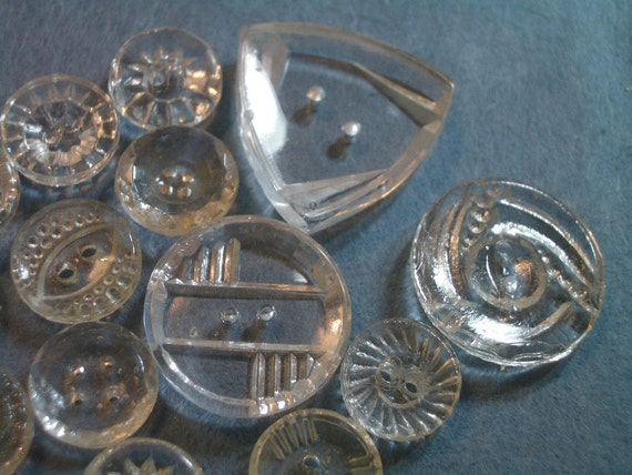 Vintage Buttons- Clear Glass -16 Sew Thrus