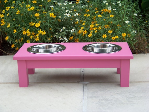 """Pink Elevated Dog Bowl Feeder 6"""" Tall with 1-Quart Bowls"""