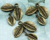 6pcs antique bronze finish 3-petal leaf pendant 27mm BN103