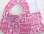 UT Longhorn Baby Bib and Burp Cloth Set - Pink for Girls