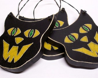 Black Cat Vintage Inspired Wood Decoration