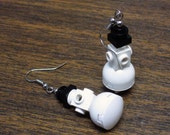 Mini Snowman Dangle Earings