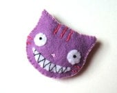 Felt Brooch Purple Cheshire Cat Whimsical Alice in Wonderland Fashion Accessory