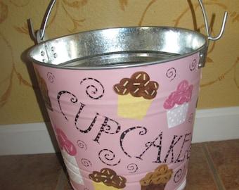 Cupcake Bucket / Storage basket