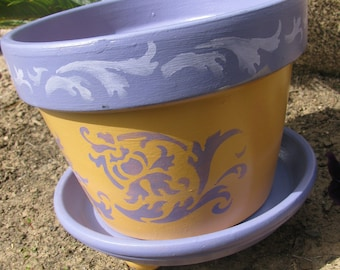 Flower Pot ... Purple & Golden