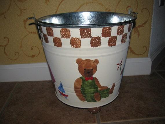 Teddy Bear toy Bucket