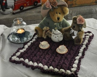 Teddy Bear Picnic Blanket Knitting Pattern -- ONLINE DOWNLOAD