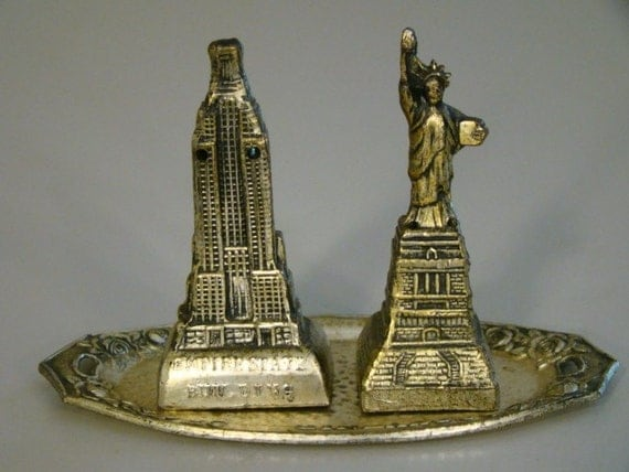 Vintage Salt and Pepper Shakers Empire State and Statue of Liberty