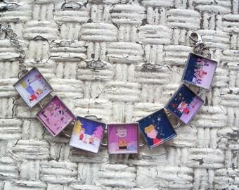 A Charlie Brown Christmas link and glass tile Bracelet FREE USA SHIPPING