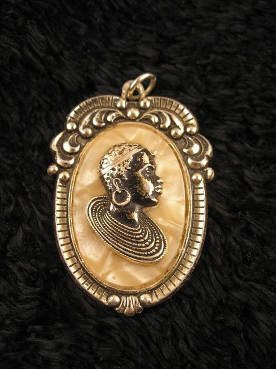 70s African American Woman Cameo Pendant On Pearl By