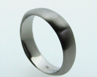 5mm Chubby Soft Square Wedding Band