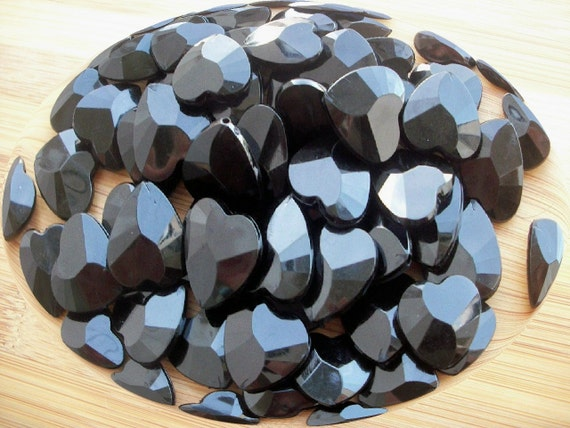 30 Black Hearts Faceted, Acrylic Beads