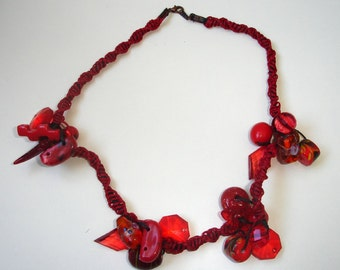 Red macrame necklace
