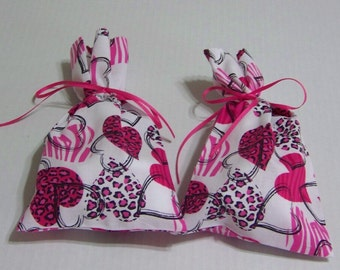 Valentine Gift Bags-Cotton Fabric -Hearts-Pink and White Small Valentine Bags Small Party Favor Bags Set of Small Gift Bags