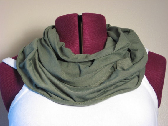 Infinity scarf in olive green autum fall fashion